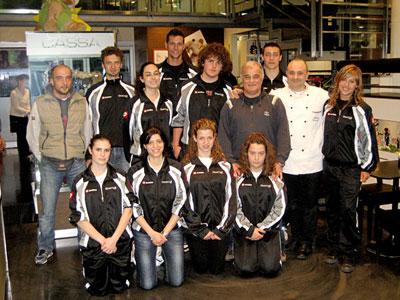 28.04.2011 - Gli atleti del Shotokan Karate Cattolica in visita da Staccoli, sponsor ufficiale